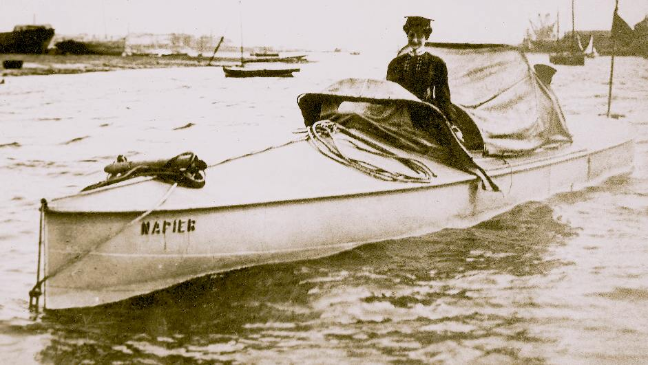 Dorothy Levitt in the Napier water speed record boat