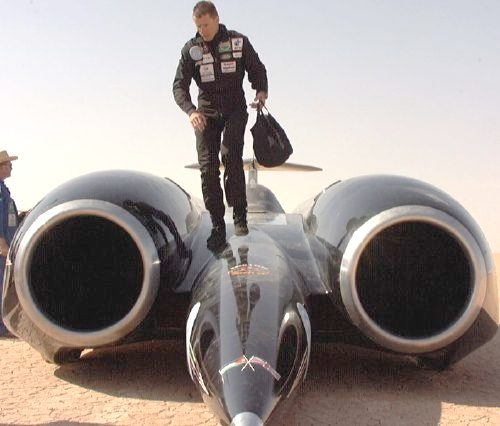 http://www.bluebird-electric.net/bluebird_images/thrust_ssc_andy_green_driver_dismount.jpg