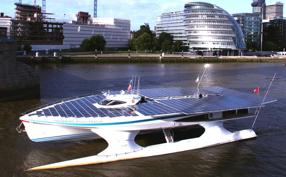 PlanetSolar river thames, London, England