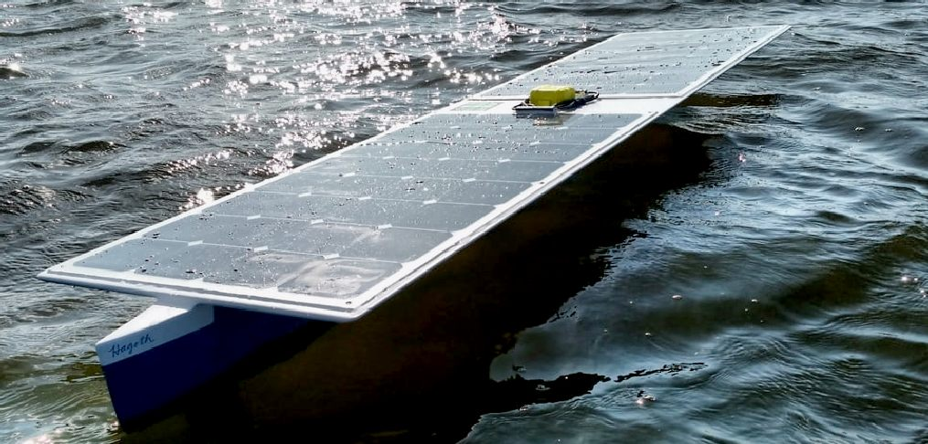 The solar powered SeaCharger