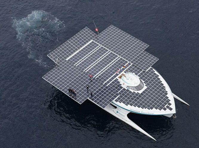 solarpower boat