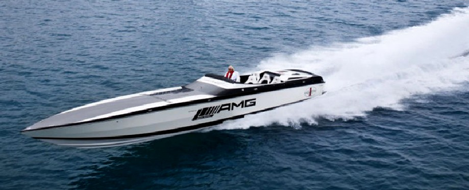AMG Mercedes electric offshore powerboat at speed