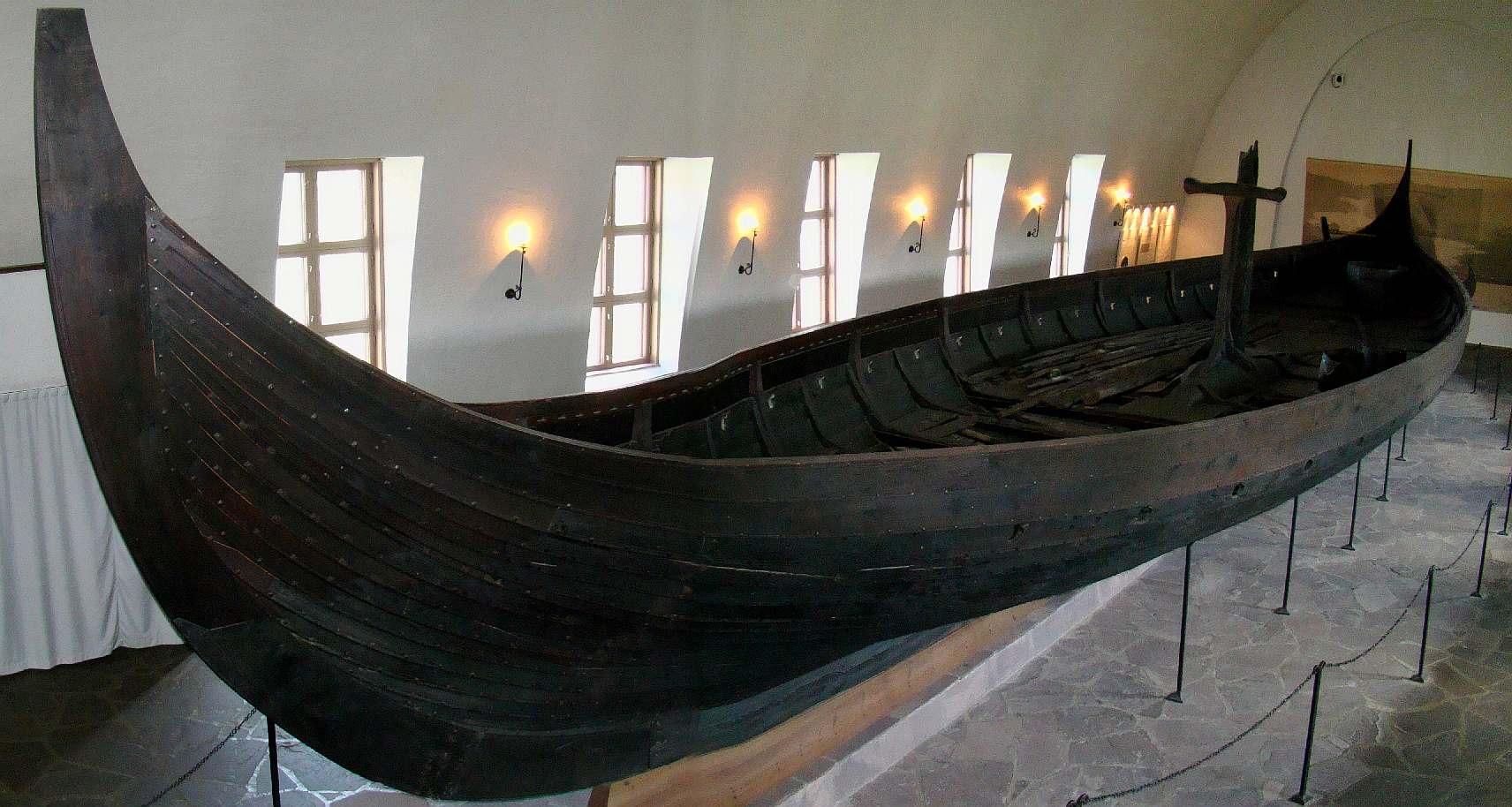 vikings longboats norsemen models making dragon boats