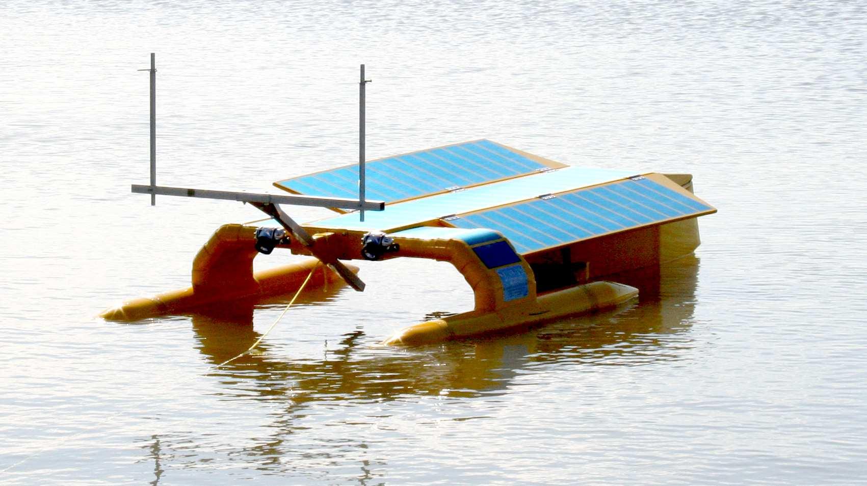 Seavax Sea Vax Robotic Ocean Plastic Oil Spill Cleaning