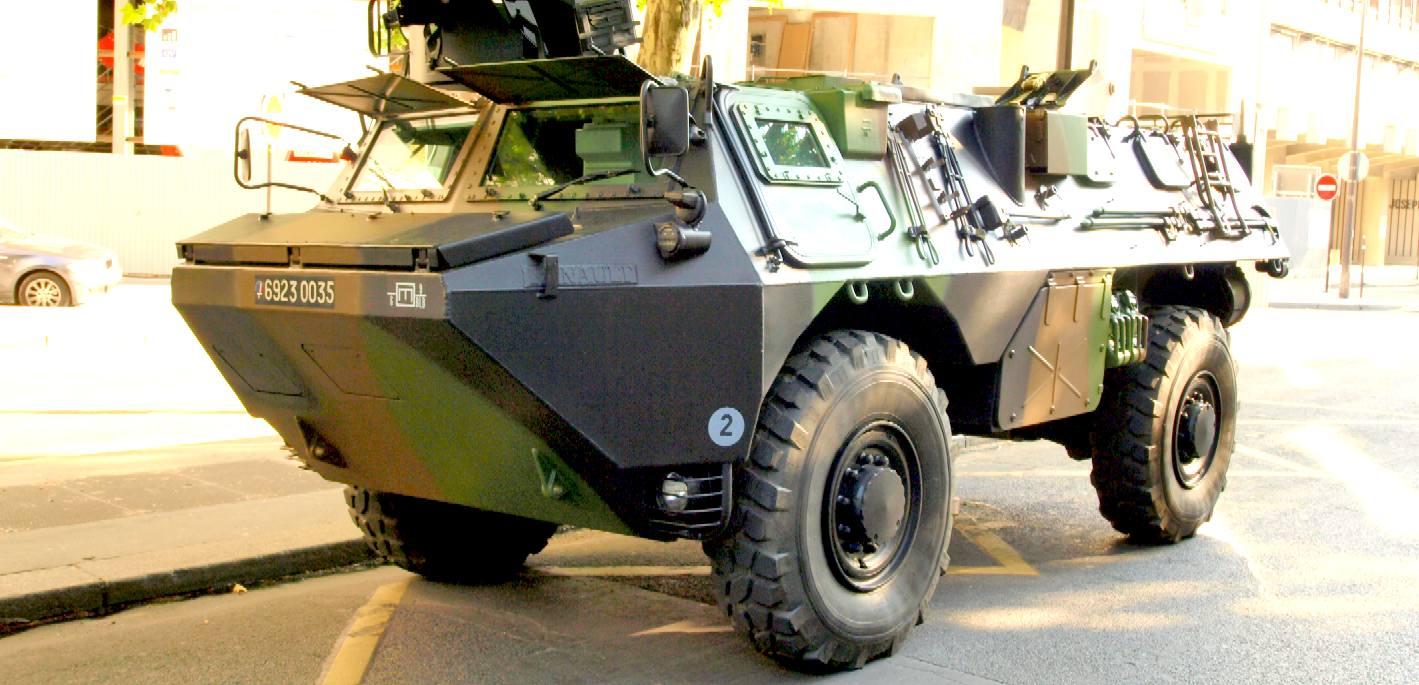 vab renault armored vehicle troop transport data sheet specs. Black Bedroom Furniture Sets. Home Design Ideas