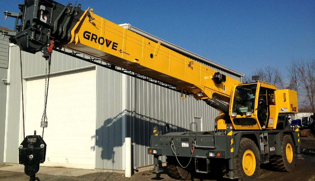 The Hydraulic Crane Is Used To Lift The 1400 : Cranes lifting equipment portable plant hydraulics hoists