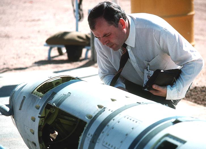 Inspecting a nuclear tipped Tomahawk cruise missile